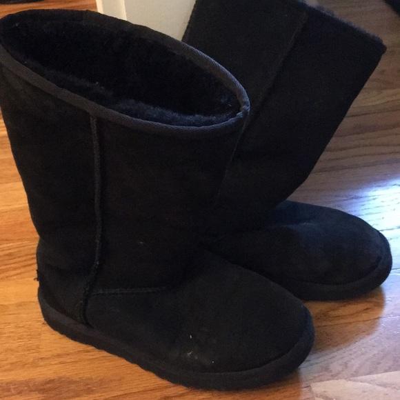 Ugg kids classic tall boots. Sz 5 Fits adult 6.5-7
